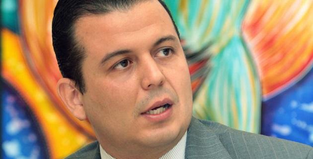 Memo Valencia no descartó sumarse al PVEM