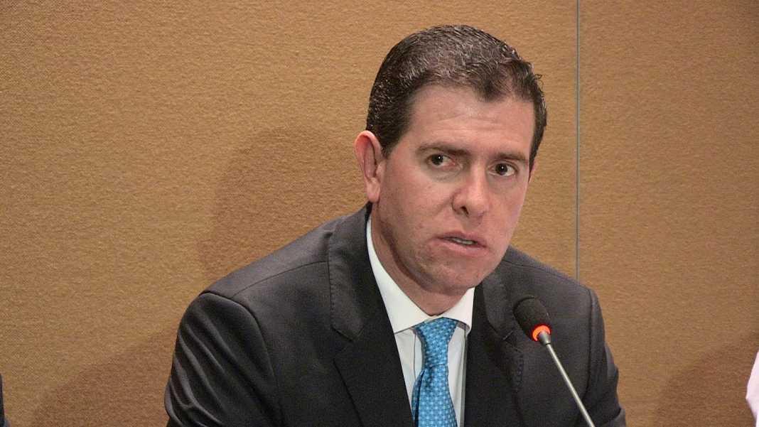 Morelianos olividan al comisionado Castillo