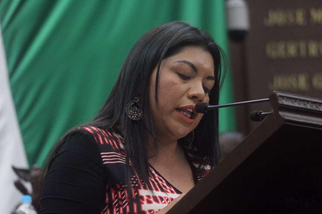 Exhorta Brenda Fraga al gobernador que solucione problemas en servicios de salud