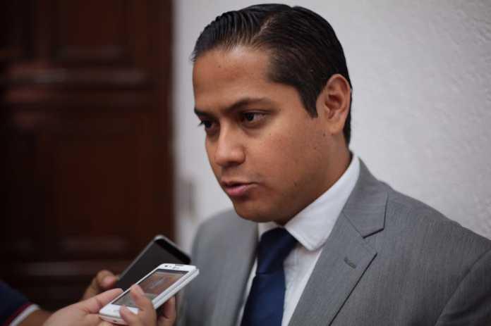 Piden a Alfonso retirarse del cargo 90 días antes de elecciones
