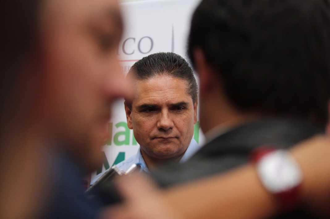 Amenaza Silvano con plantón si director de Pemex no responde por desabasto