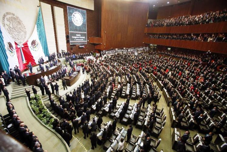 Aprueban leyes secundarias de la Reforma Educativa