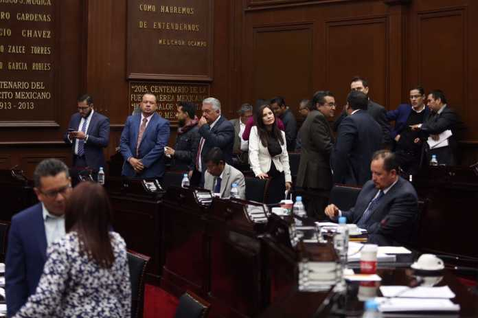 diputados michoacanos más de 108 mp de aguinaldo