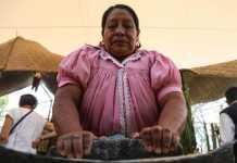 La mujer mexicana y su participación en la comida