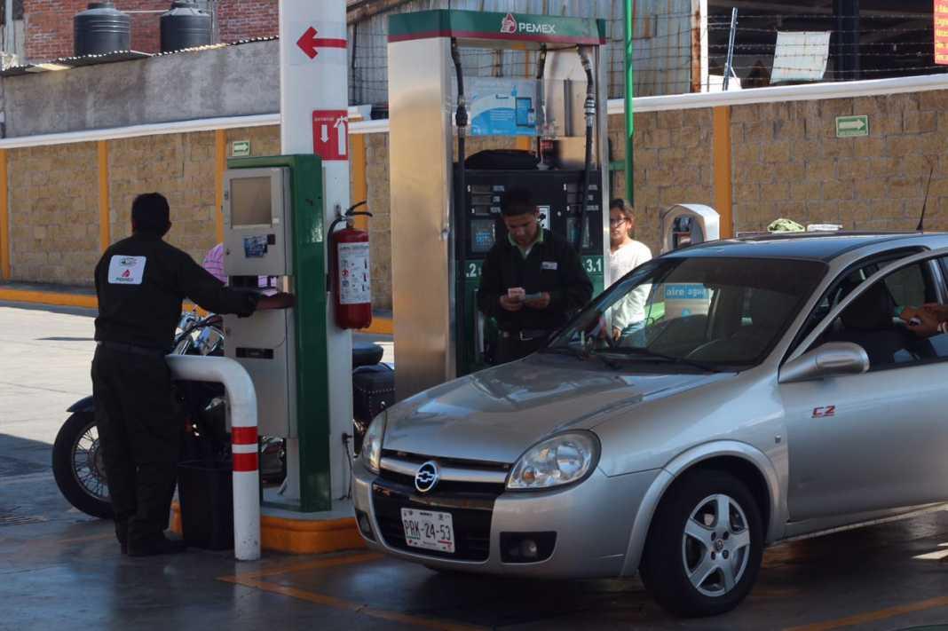 Ordena Juez garantizar abasto de gasolina a abogado