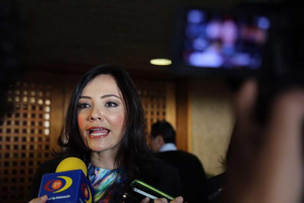 Propone Adriana Hernández erradicar corrupción en temas de transporte
