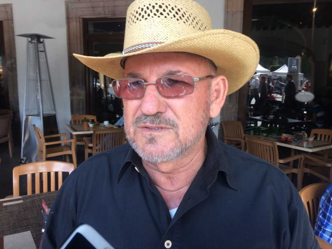 Hipólito Mora anuncia que retomará las armas