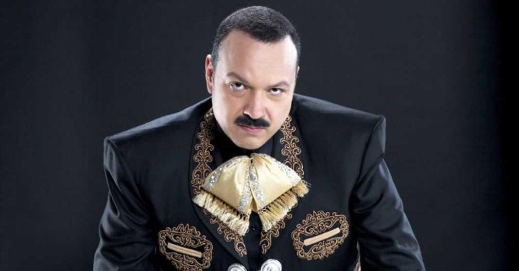Pepe Aguilar es acusado de maltrato animal