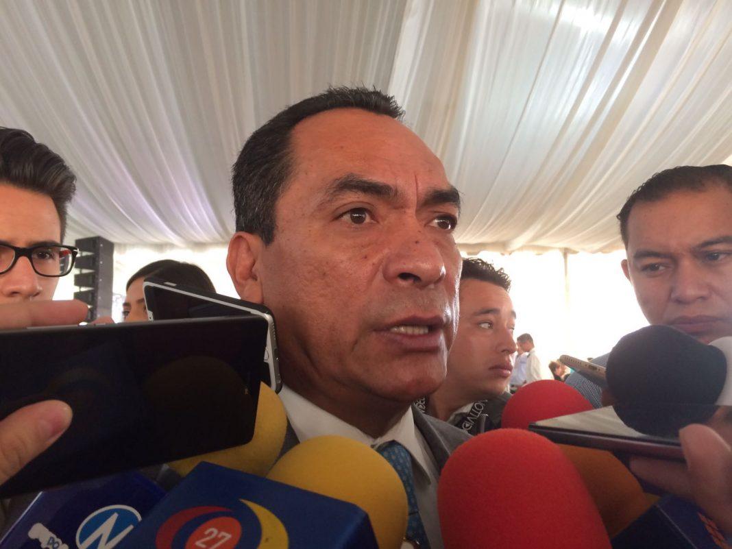No seré juez y parte en elección de fiscal: Adrián López