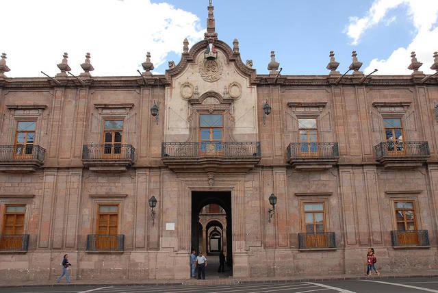 Por Arrendamiento, Gobierno de Michoacán ha gastado más mil mdp