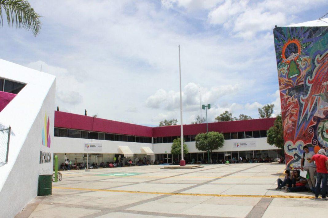 Secretaría de Educación sí licitó compras para adquirir bienes escolares