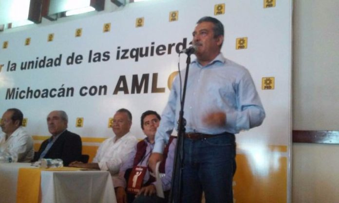 Miguel Barbosa se retira de elección para coordinador de Morena en Puebla