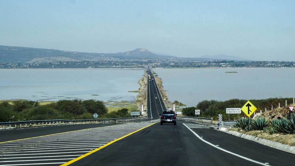 Registra autopista México-Pachuca mayor número de salida de vehículos