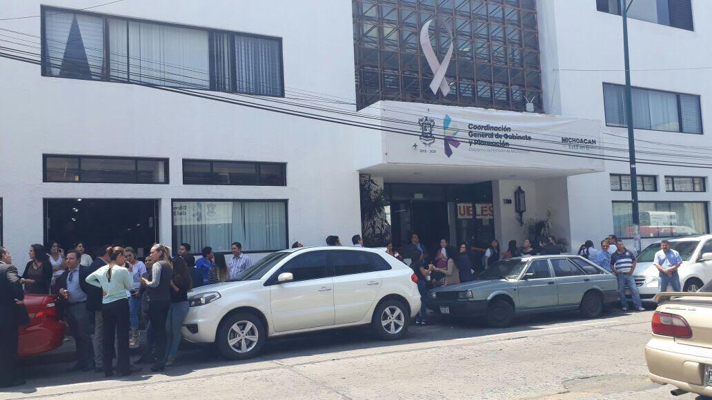 Sismo de 6.8 en Puebla sacude a Michoacán