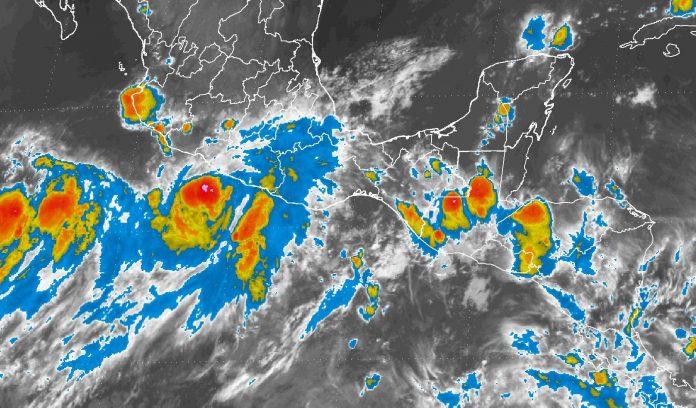 """Alerta roja en Guerrero por huracán 'Max'"""""""