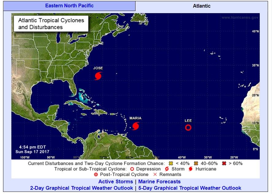 Huracán María llega a Dominica y causa gran devastación