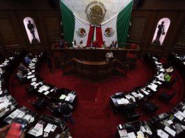 inicia desbandada en el Congreso, se van 14 diputados y 8 la próxima semana