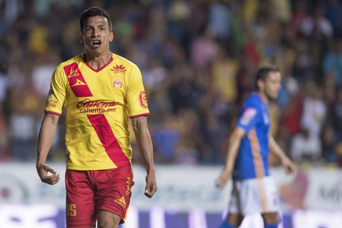 Monarcas vence 2 a 0 a Tigres en partido amistoso
