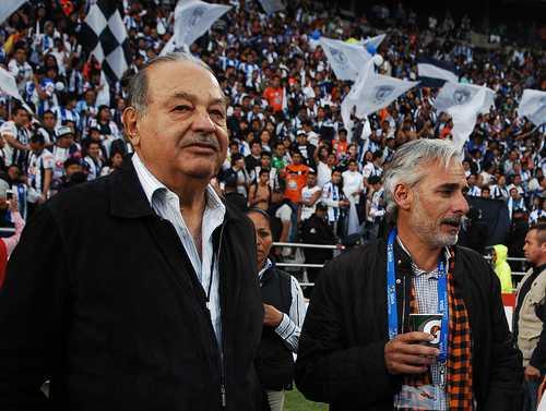Carlos Slim da a conocer cómo apoyará a labores de reconstrucción