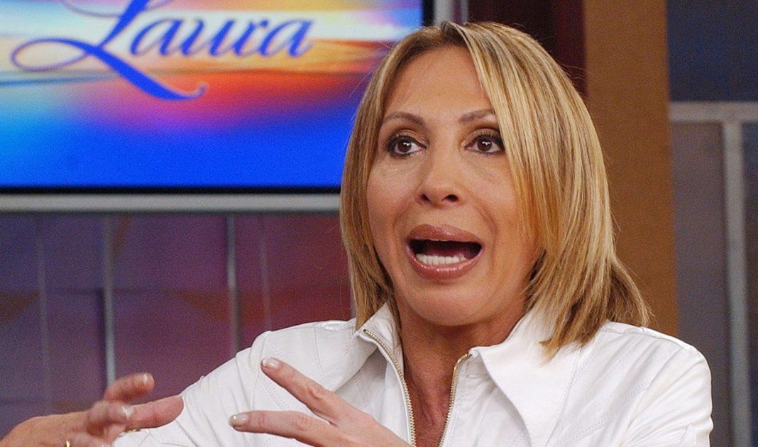 ¡Que siempre no! Podrían retirar Honoris Causa a Laura Bozzo