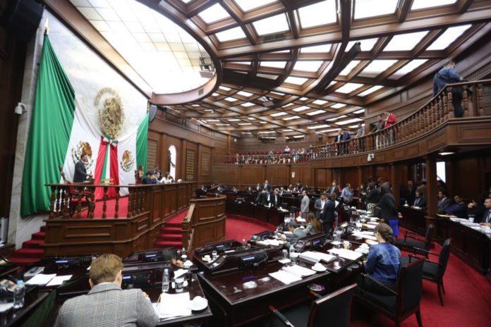 Diputados del frente salvan a audios de juicio político