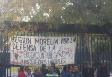 CNTE se manifiesta y toma la secretaría de finanzas