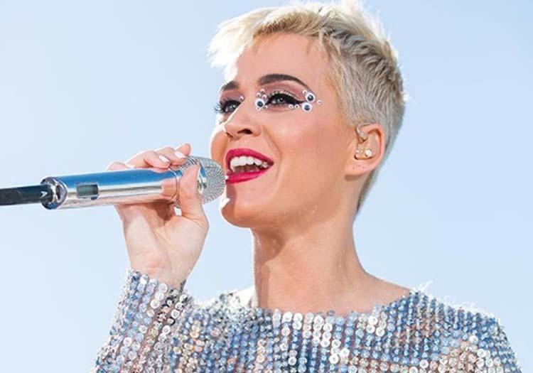 Katy Perry y Orlando Bloom se comprometen