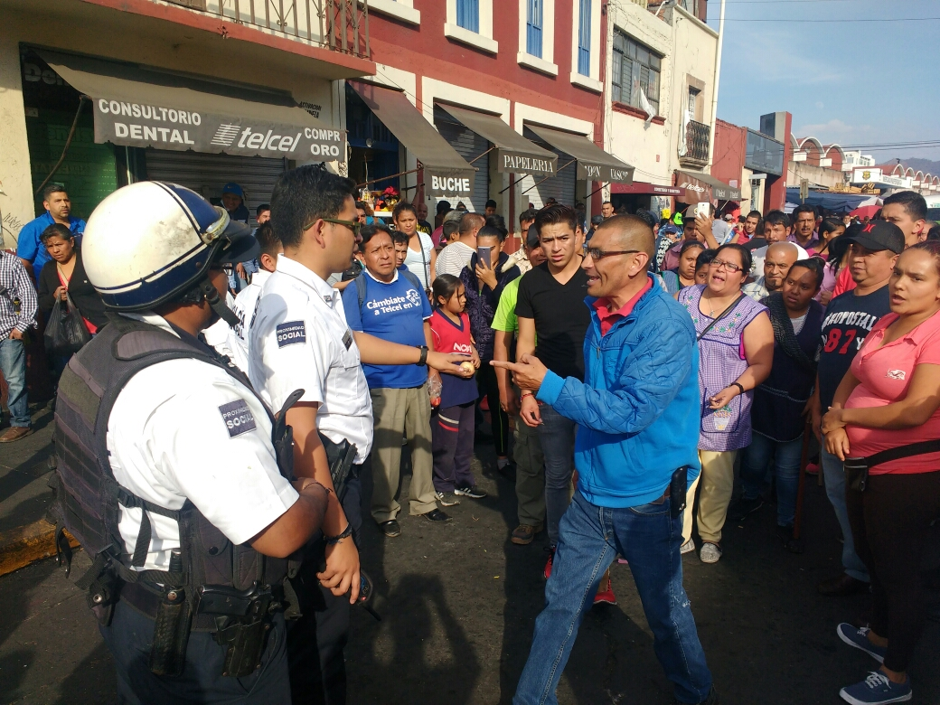 Tras desalojo en la Lázaro Cárdenas, 5 ambulantes detenidos