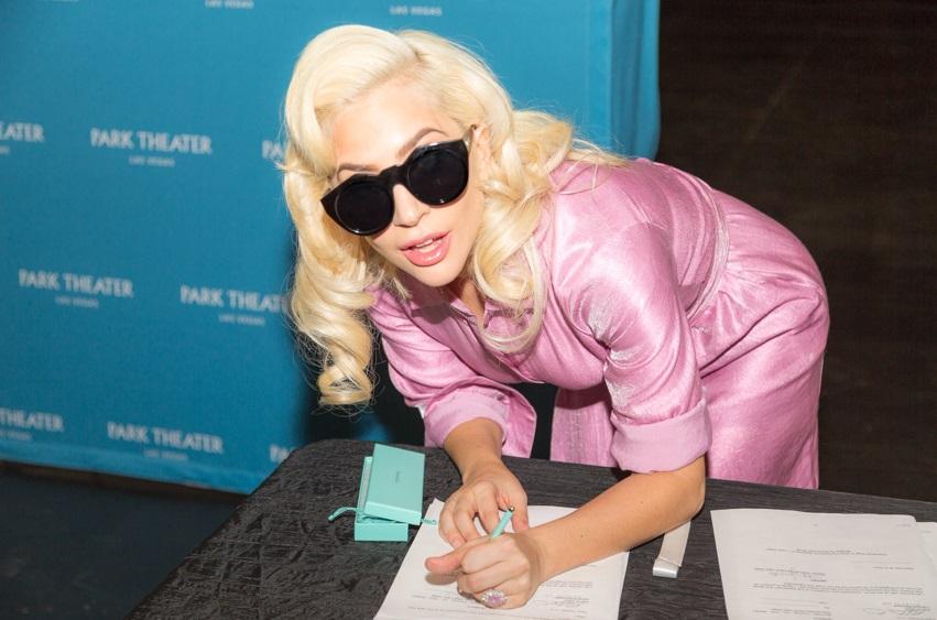Lady Gaga anunció que realizará espectáculos en Las Vegas durante dos años