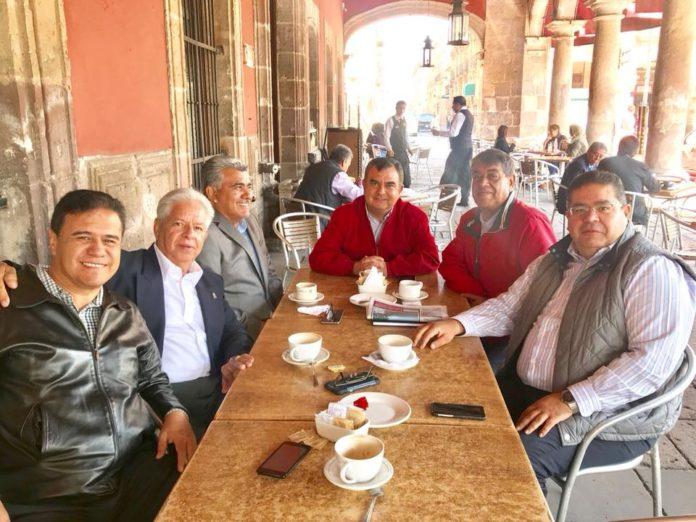 Constantino y líderes priístas rumbo a elección por Morelia