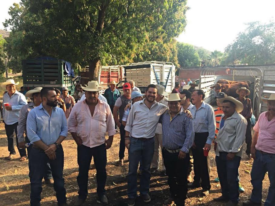 CNPR donó ganadería