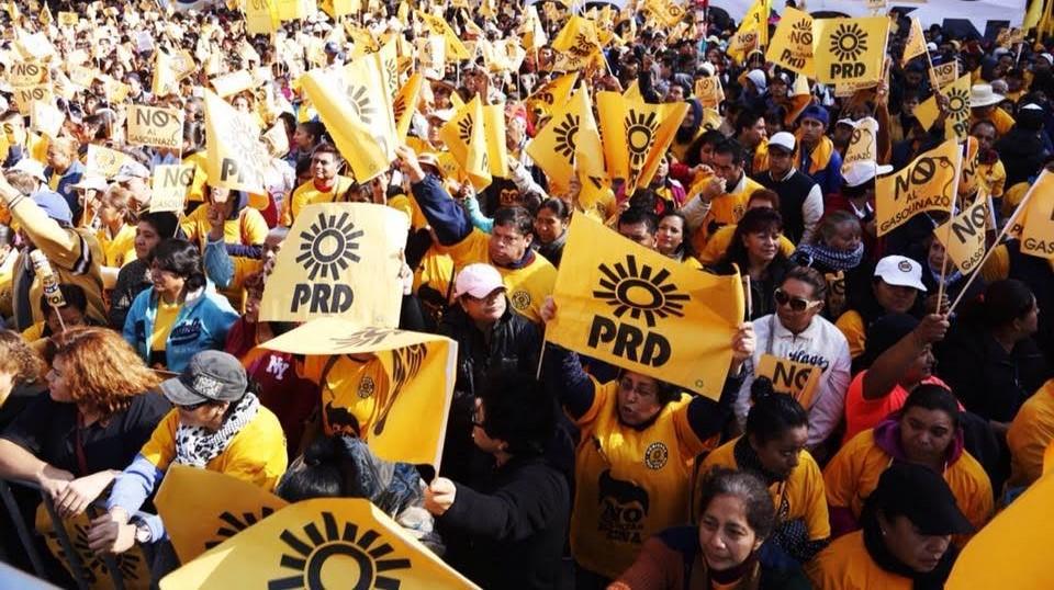 Renuncian 50 mil perredistas de 22 municipios al PRD