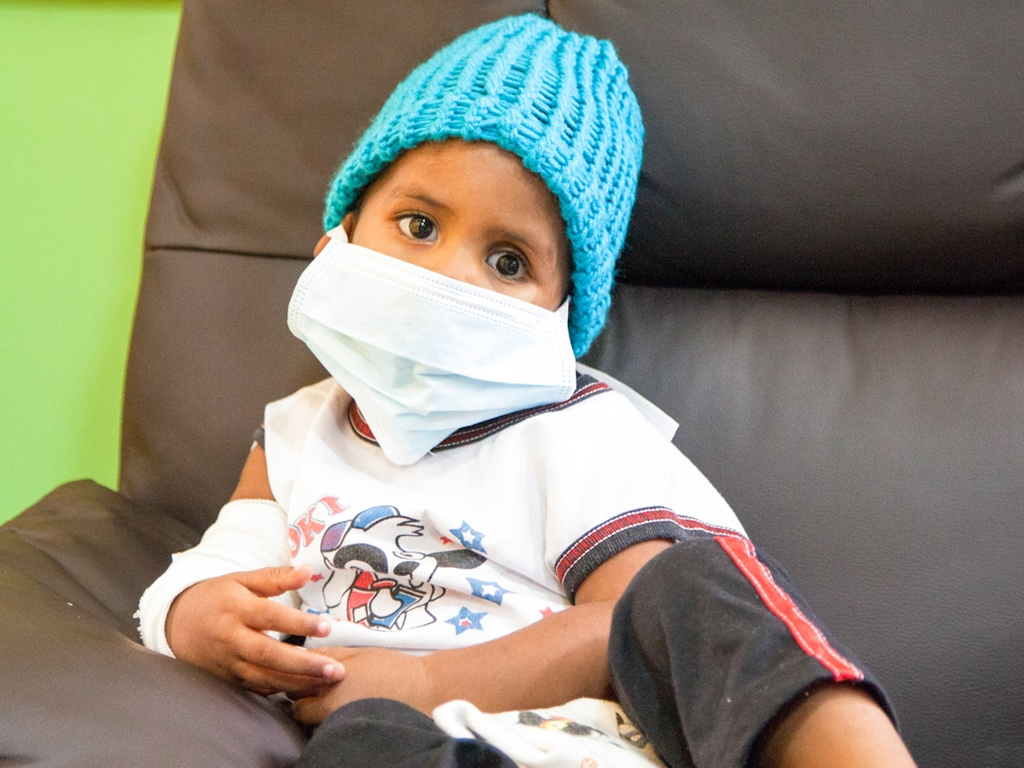 Llama HIES a detectar síntomas de Cáncer Infantil de forma temprana