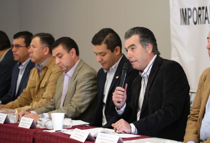 Pinden empresarios concluir pendientes legislativos