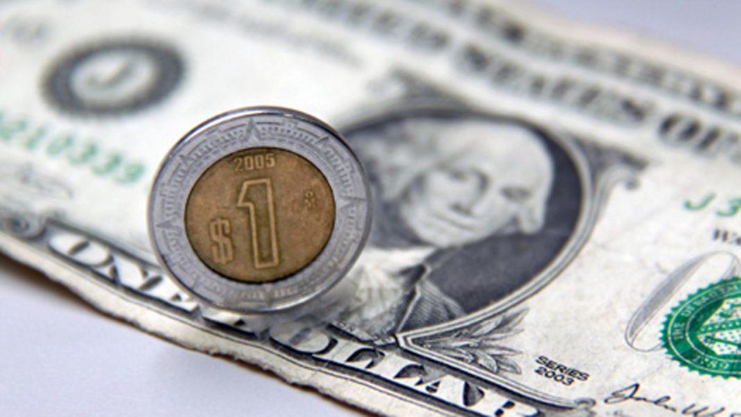Sube el dólar a más de $25 pesos ante temor del Covid-19
