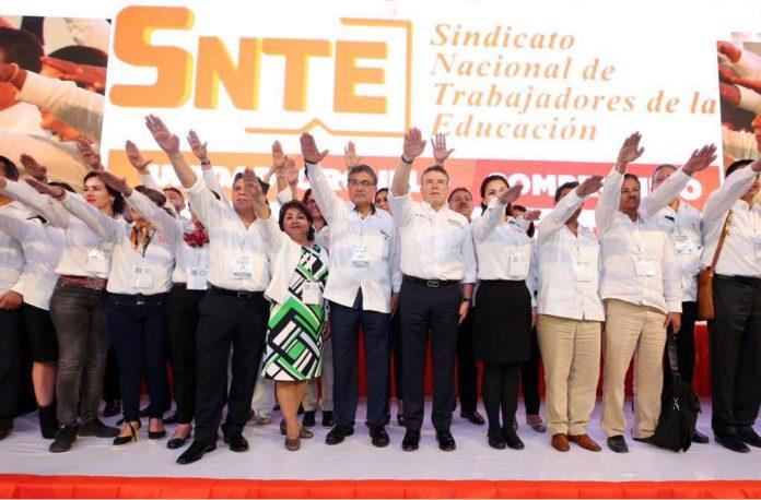 Continuará Díaz a la Torre como líder del SNTE