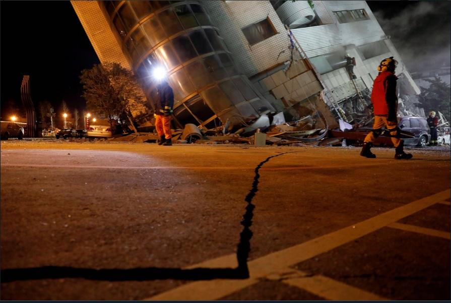 Sube número de muertos por sismo en Taiwán