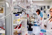 Reforzarán cooperación farmacéutica