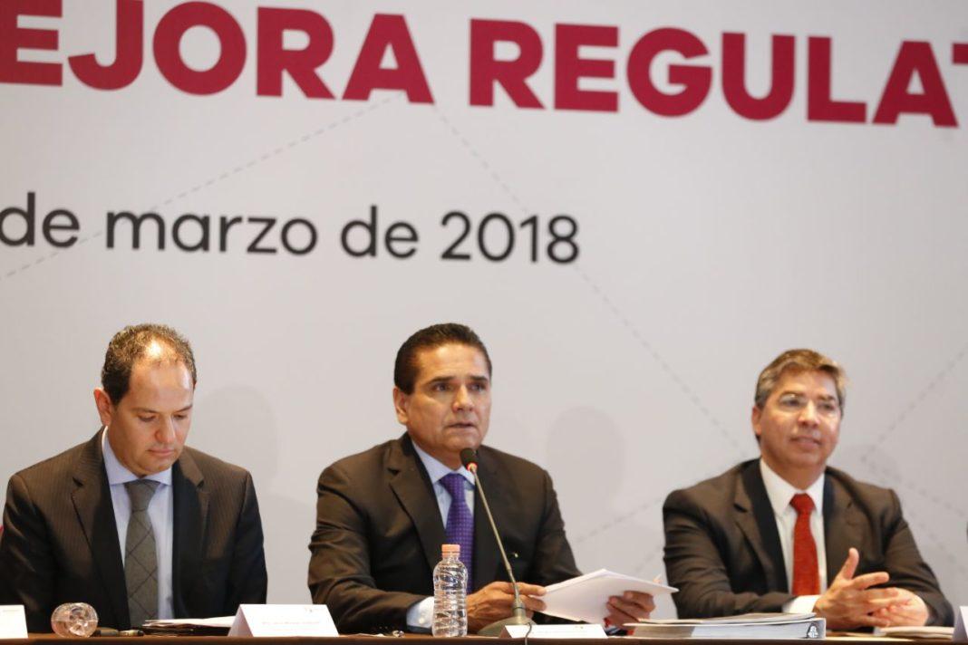 Rechaza Silvano ofrecer dinero a Los Viagras