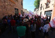 Acusan a líder de Morena de cambiar candidatos sin consultar