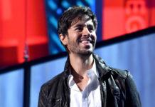 Enrique Iglesias es acreedor a un disco de platino