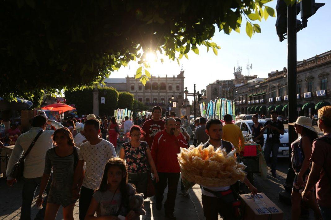 Turistas y morelianos disfrutan de las actividades que la ciudad ofrece durante esta semana|