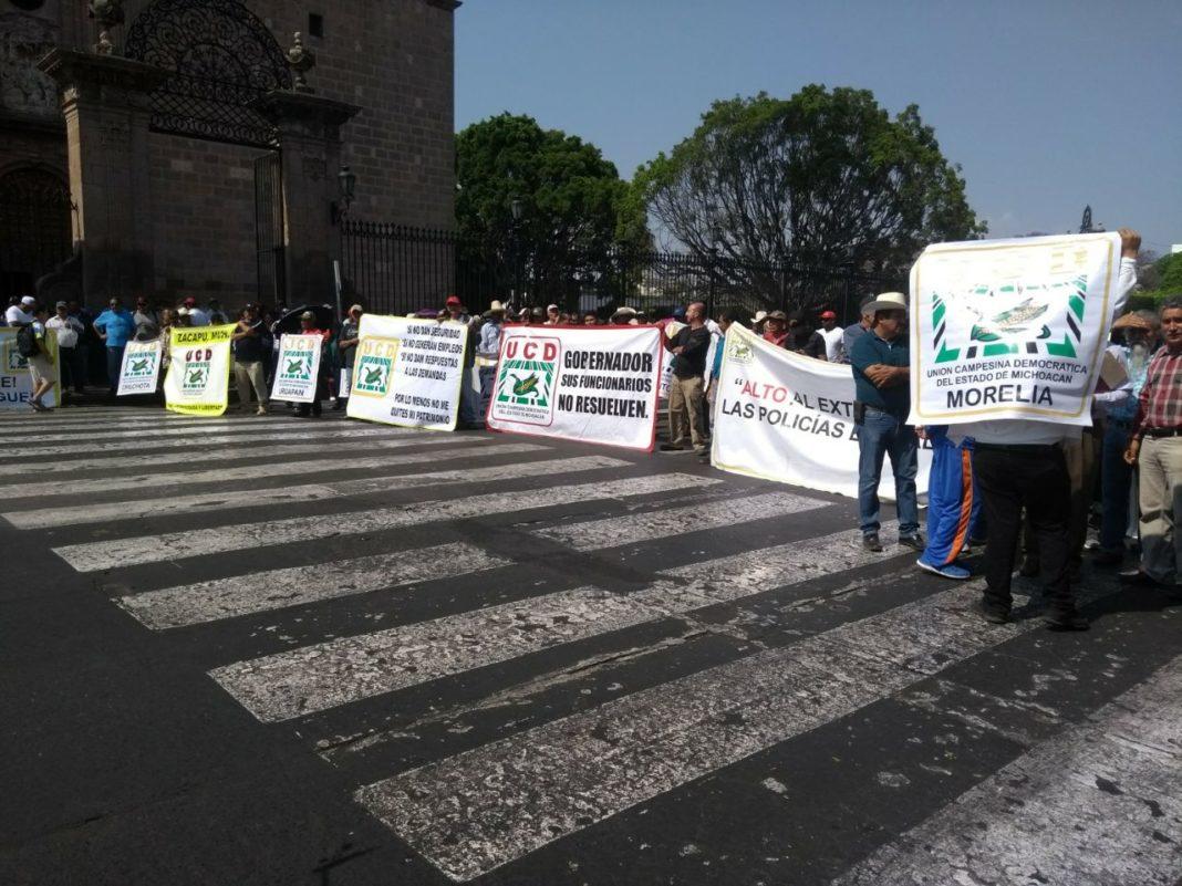 UCD bloquea avenida Madero de Morelia