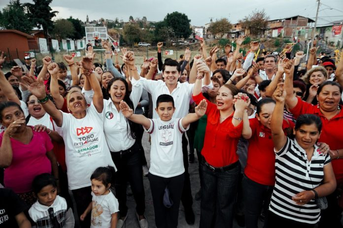Toño Ixtláhuac lleva sus propuestas a Uruapan
