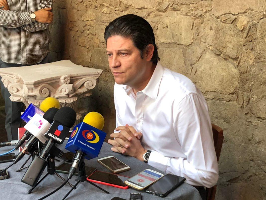 Renuncia Alfonso Martínez al dinero público para campaña