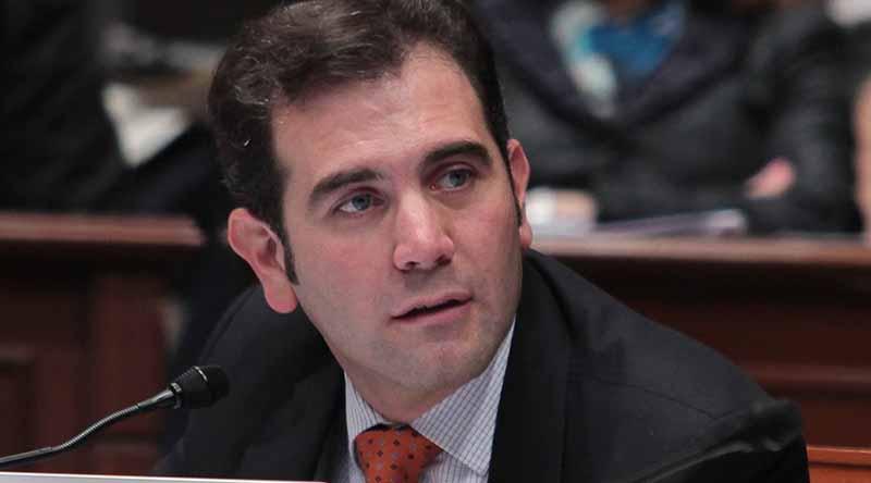 Lorenzo Córdova pide a actores políticos no lucrar con la gente ante Covid-19