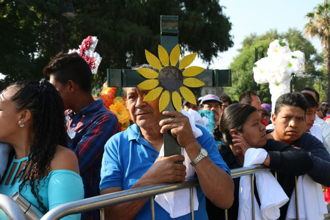 Albañiles piden empleo y seguridad en su día