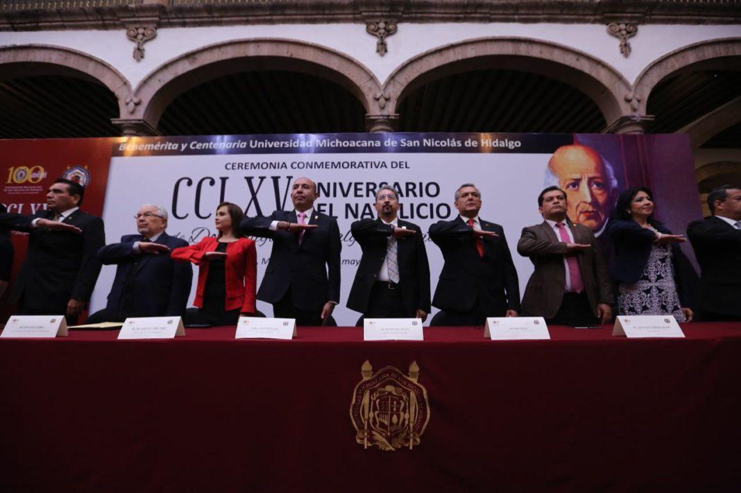 Celebran el 265 aniversario de Don Miguel Hidalgo en León