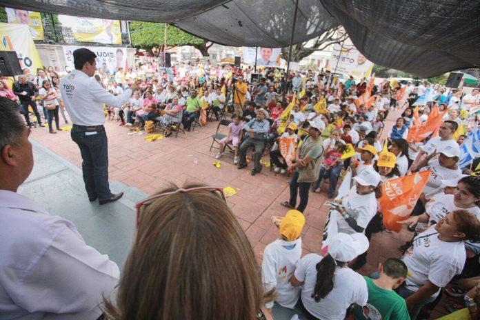Jóvenes, prioridad en agenda de Toño García