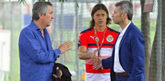 Las Chivas no podrán contratar refuerzos